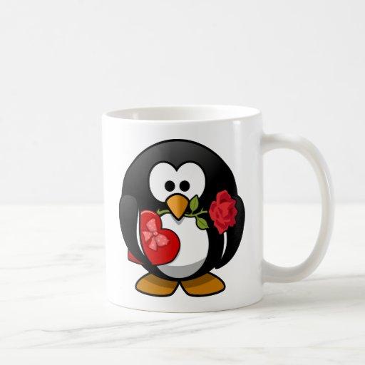 Pingüino feliz del el día de San Valentín Tazas