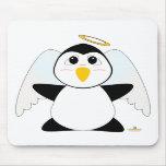 Pingüino Huggable del ángel Alfombrillas De Ratones