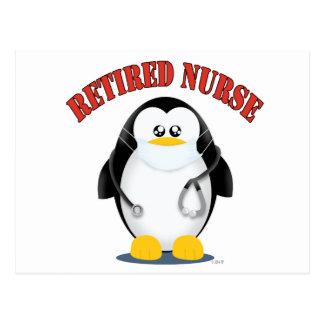 Pingüino jubilado de la enfermera tarjeta postal