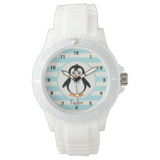 Pingüino lindo con la turquesa Bowtie Relojes