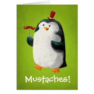 Pingüino lindo con los bigotes tarjeta de felicitación