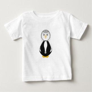 Pingüino lindo de la novia tee shirt