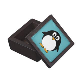 Pingüino lindo del dibujo animado caja de recuerdo de calidad