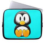 Pingüino lindo del dibujo animado del bebé funda portátil