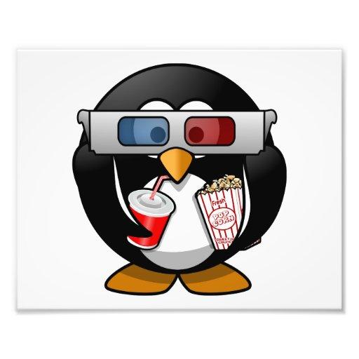 Pingüino lindo del dibujo animado en las películas impresion fotografica