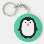 Pingüino lindo del dibujo animado llaveros personalizados