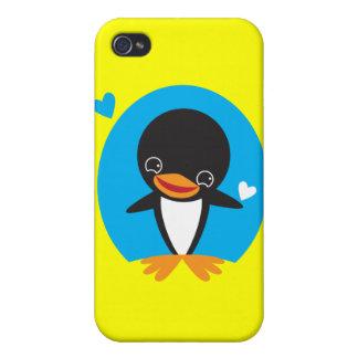 Pingüino lindo del invierno de Kawaii iPhone 4 Fundas