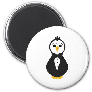 Pingüino lindo del novio imán de frigorífico