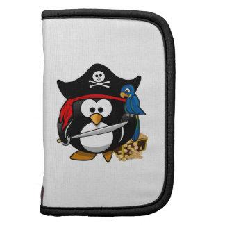Pingüino lindo del pirata con el cofre del tesoro organizadores