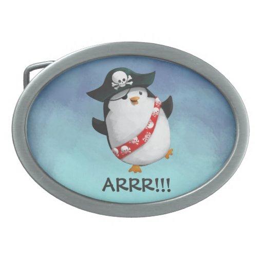 Pingüino lindo del pirata hebillas de cinturón ovales
