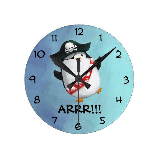 Pingüino lindo del pirata relojes