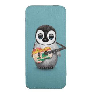Pingüino lindo que juega el azul de la guitarra de funda para iPhone 5