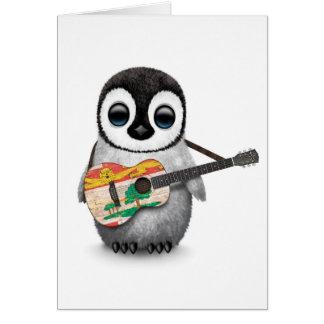 Pingüino lindo que toca la guitarra de la bandera tarjeta de felicitación