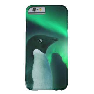 Pingüino lindo y aurora antárticos australis funda de iPhone 6 barely there