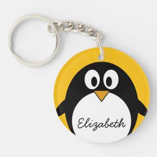 Pingüino lindo y moderno del dibujo animado llavero
