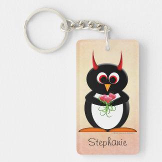 Pingüino malvado personalizado llavero rectangular acrílico a una cara