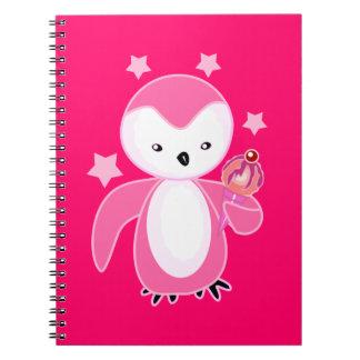 Pingüino negro y blanco con las rosas fuertes BG d Spiral Notebook