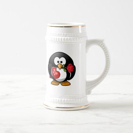 Pingüino pegado amor con los regalos de la tarjeta tazas de café
