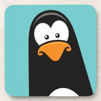 Pingüino pensativo del dibujo animado divertido posavaso