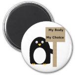 Pingüino proabortista (mi cuerpo mi opción) iman
