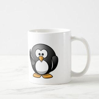 Pingüino que agita taza de café