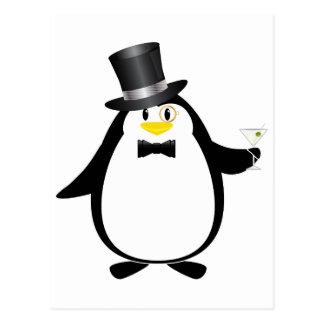 Pingüino sofisticado con Martini Tarjeta Postal
