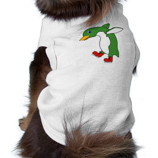 Pingüino verde del navidad con los patines de playera sin mangas para perro
