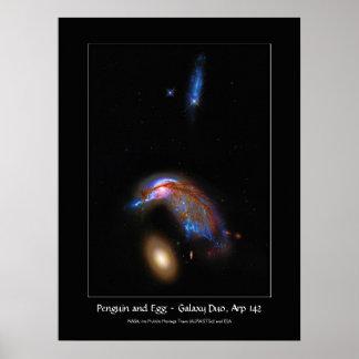 Pingüino y huevo - dúo de la galaxia que obra recí póster