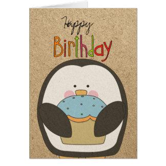 Pingüino y magdalena del feliz cumpleaños tarjeta de felicitación