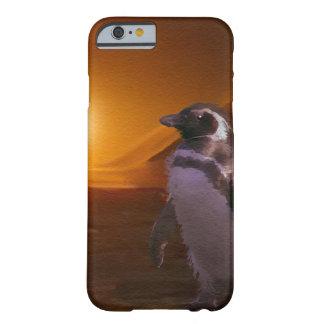 Pingüino y sol poniente antárticos lindos funda de iPhone 6 barely there
