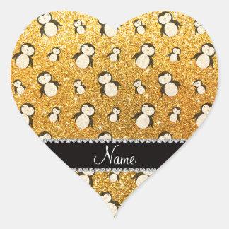 Pingüinos amarillos conocidos personalizados del pegatina en forma de corazón