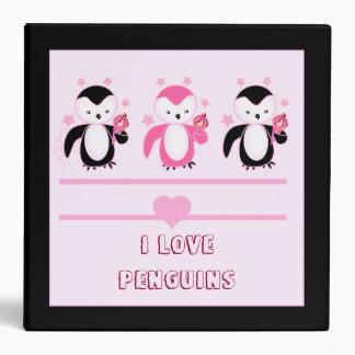 Pingüinos con las carpetas del helado y del cuader