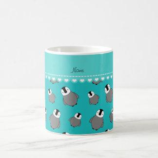 Pingüinos conocidos personalizados del bebé de la taza