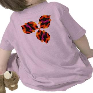 Pingüinos de baile de la camiseta el | del niño el