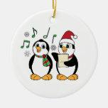 Pingüinos de Caroling en la nieve Adorno Para Reyes