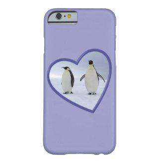 Pingüinos de emperador funda barely there iPhone 6