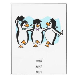 Pingüinos de graduación del dibujo animado lindo impresión en madera