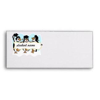 Pingüinos de graduación felices w/Banner del baile Sobres