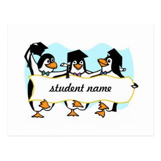 Pingüinos de graduación felices w/Banner del baile Tarjetas Postales
