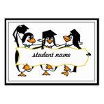 Pingüinos de graduación w/Banner del dibujo animad Tarjetas De Visita