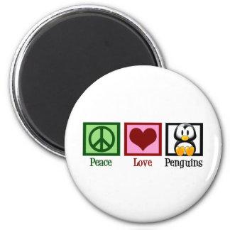 Pingüinos del amor de la paz imán redondo 5 cm