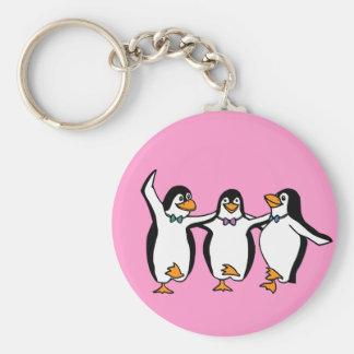 Pingüinos del baile llavero redondo tipo pin