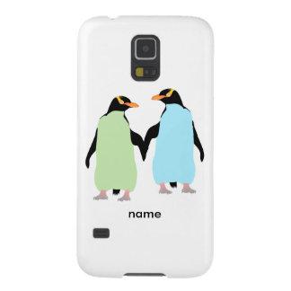 Pingüinos del orgullo gay que llevan a cabo las carcasa de galaxy s5