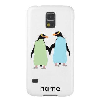 Pingüinos del orgullo gay que llevan a cabo las carcasas de galaxy s5