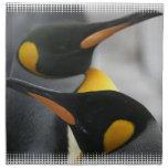 Pingüinos fijados de cuatro servilletas