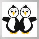 Pingüinos gemelos lindos poster