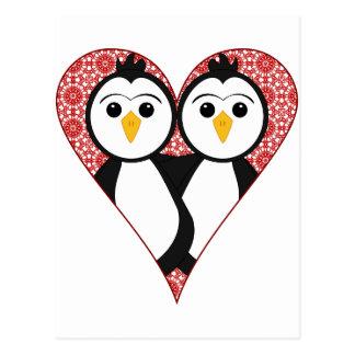 Pingüinos lindos del corazón del cordón tarjeta postal