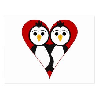 Pingüinos lindos del corazón tarjetas postales