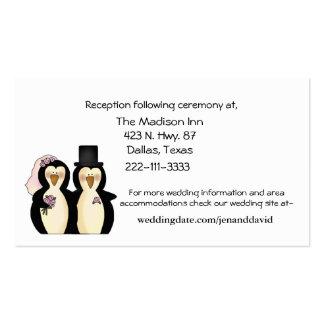 Pingüinos que casan tarjetas del recinto tarjeta de visita