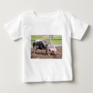 Pink and black sow infant t-shirt